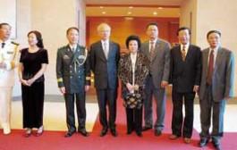 蘇麗凰、陳善莊出席大使館建軍87周年招待會
